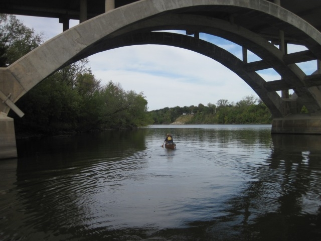 with a weak flow rate, paddling upstream was easy (except for some head wind)